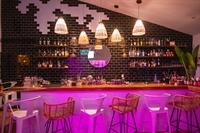 popular cocktail bar playas - 1