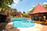 beach hotel solid roi - 1