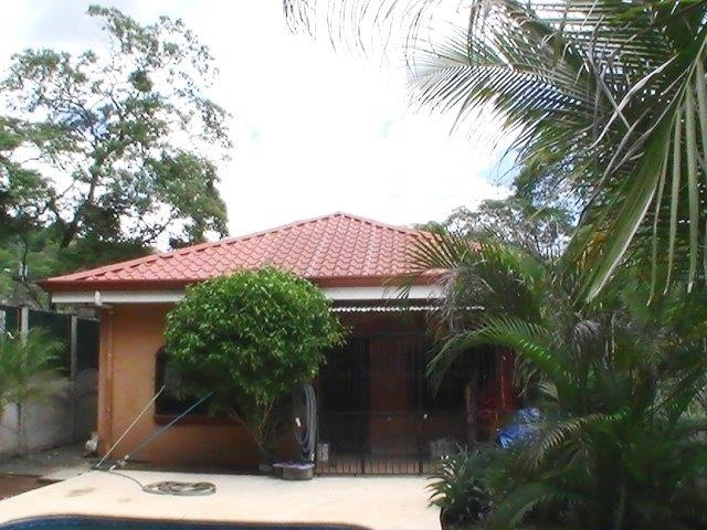 charming 3 bedroom home - 8
