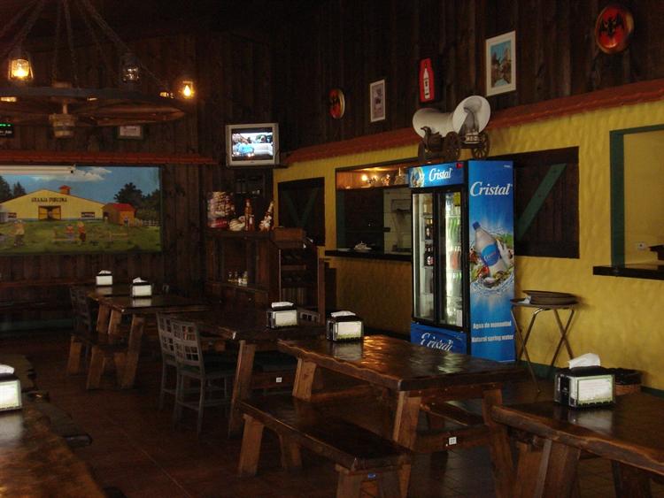 restaurant with bar belen - 7