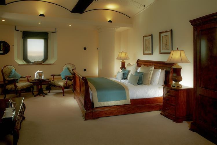 hotels portsmouth - 11