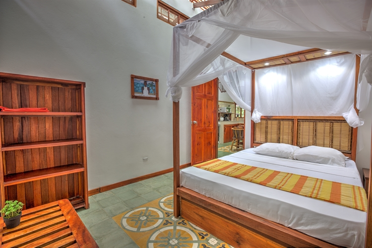 six jungle villa resort - 12