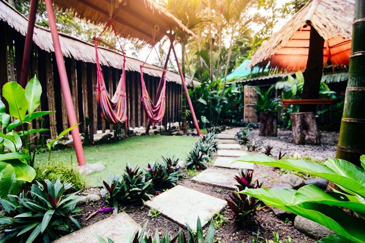 six jungle villa resort - 7