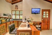 six jungle villa resort - 2